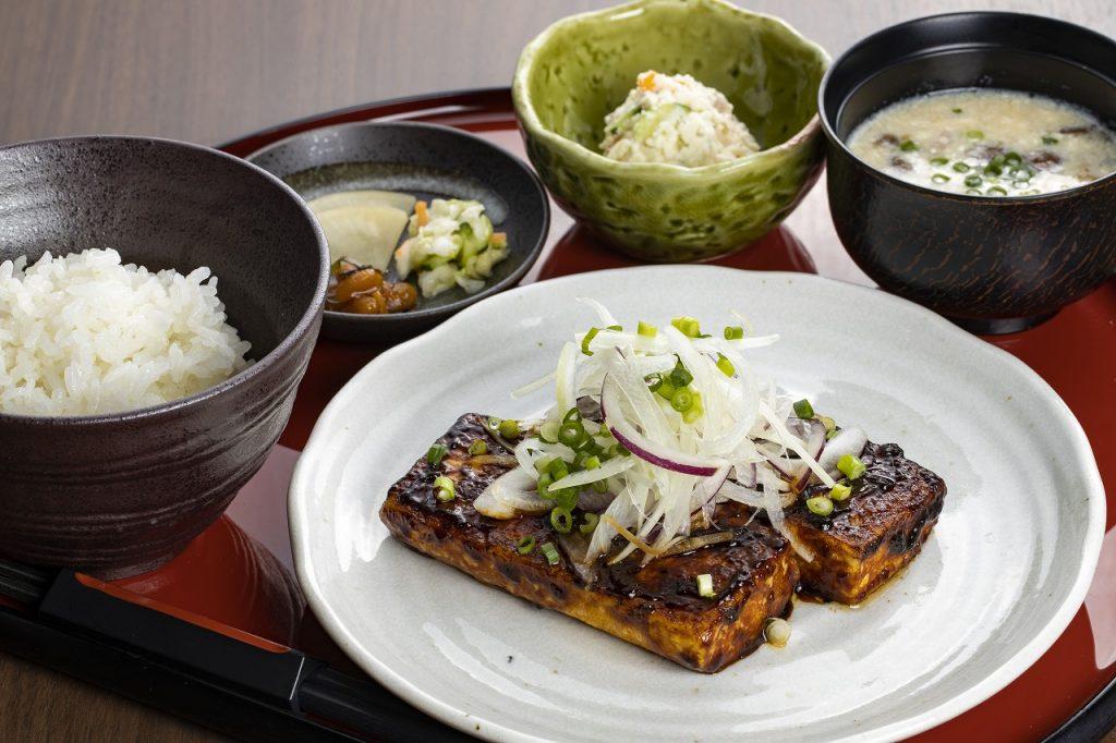 豆腐ステーキ膳