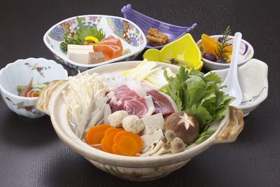 しし肉と白山堅豆腐の温泉味噌鍋ご膳